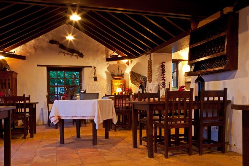 Canarian农村餐馆内部 免版税库存图片