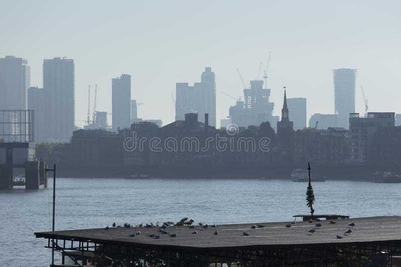 Canary Wharf-Horizon stock afbeeldingen