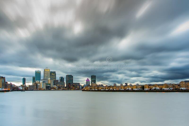 Canary Wharf, orizzonte, Londra Il Regno Unito immagini stock libere da diritti