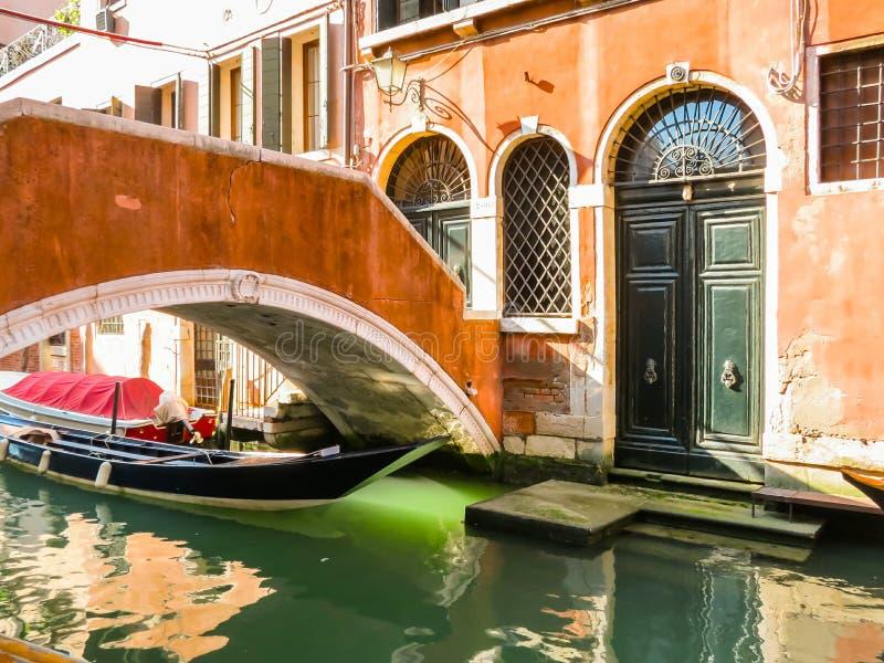 Canaux de Venise pendant l'été photographie stock libre de droits