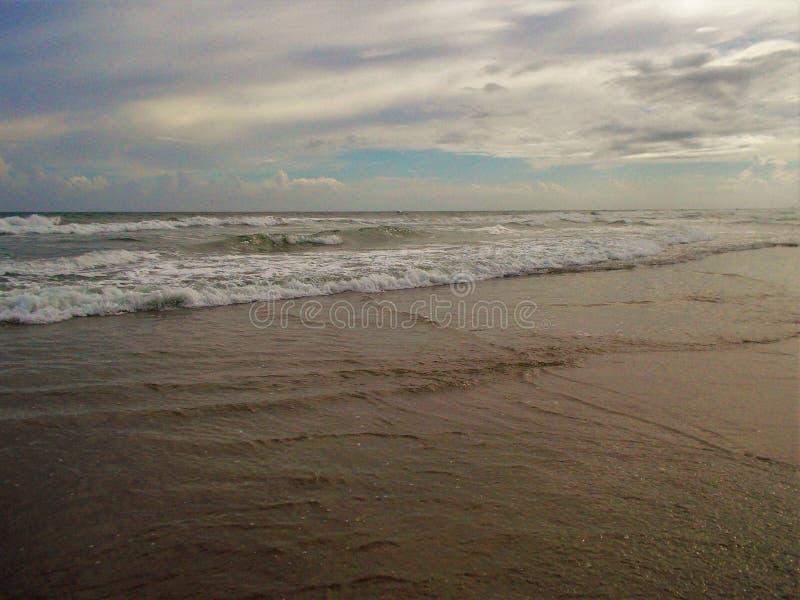 Download Canaveral MedborgareSeashore Fotografering för Bildbyråer - Bild av oklarheter, waves: 106826017