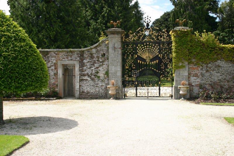 Cancello alla Camera & ai giardini di Powerscourt immagini stock libere da diritti