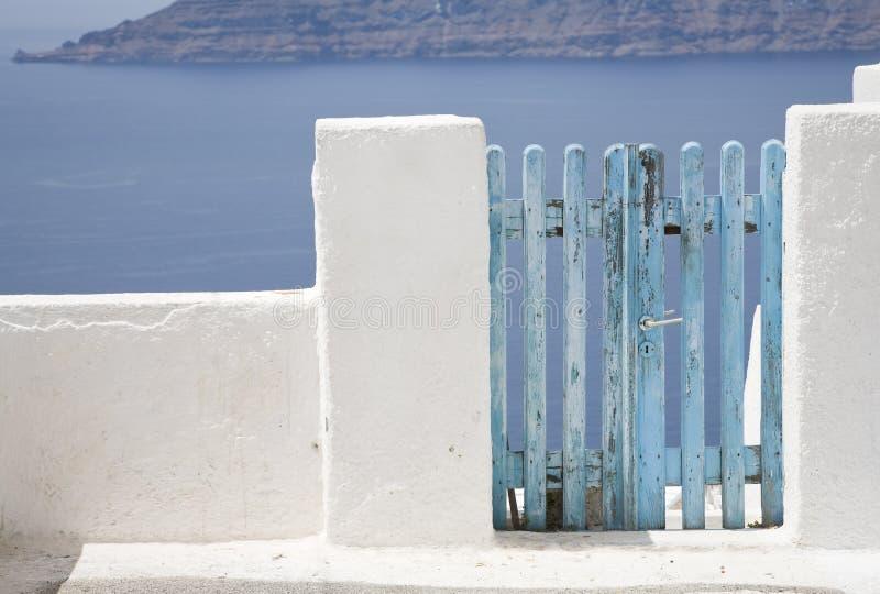 Cancello blu fotografie stock libere da diritti
