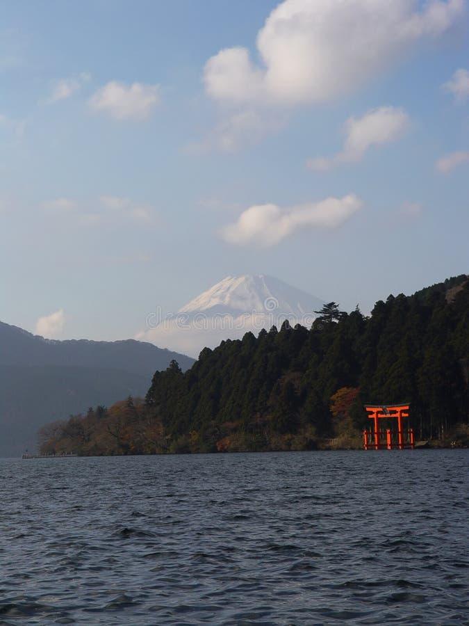 Cancello del Giappone Hakone Mt Fuji & dei tori fotografie stock