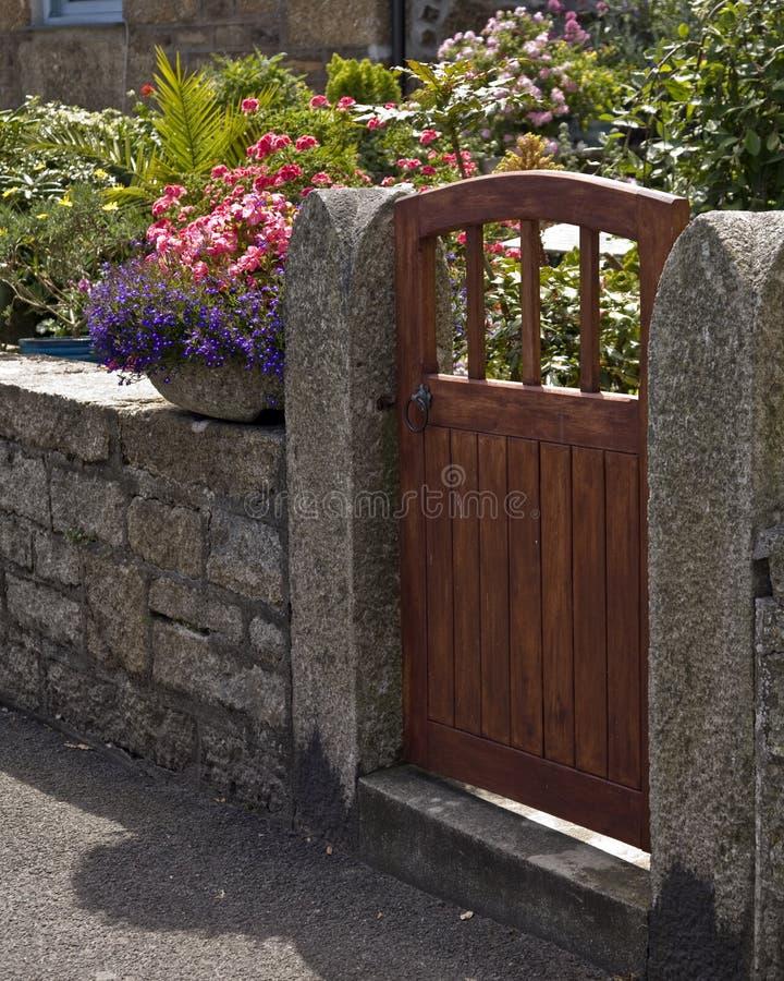 Cancello di legno fotografie stock libere da diritti