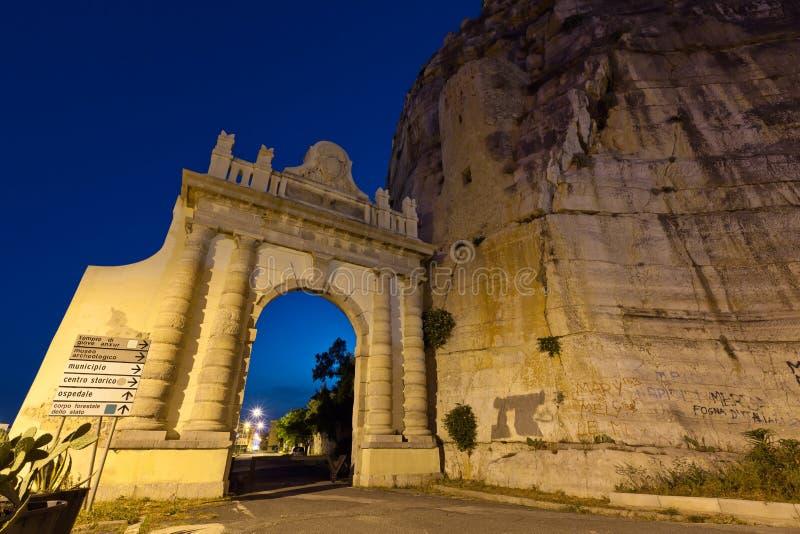 Cancello di Napoli sul modo di Appian immagine stock