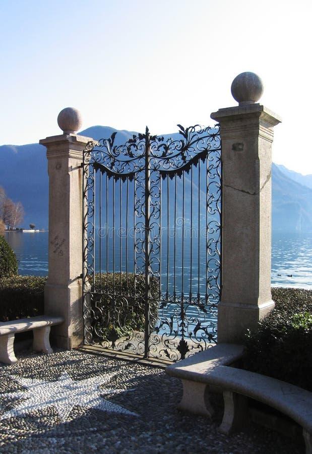Cancello in lago immagine stock libera da diritti