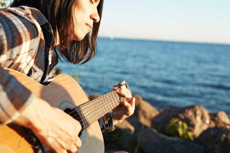 Canción del verano imagenes de archivo
