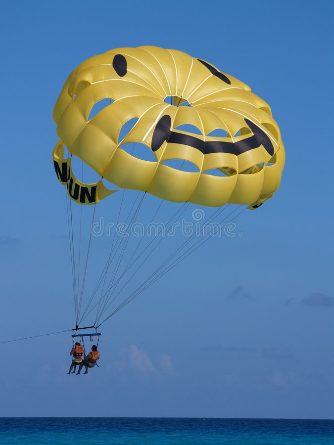 cancun parasailing obrazy royalty free