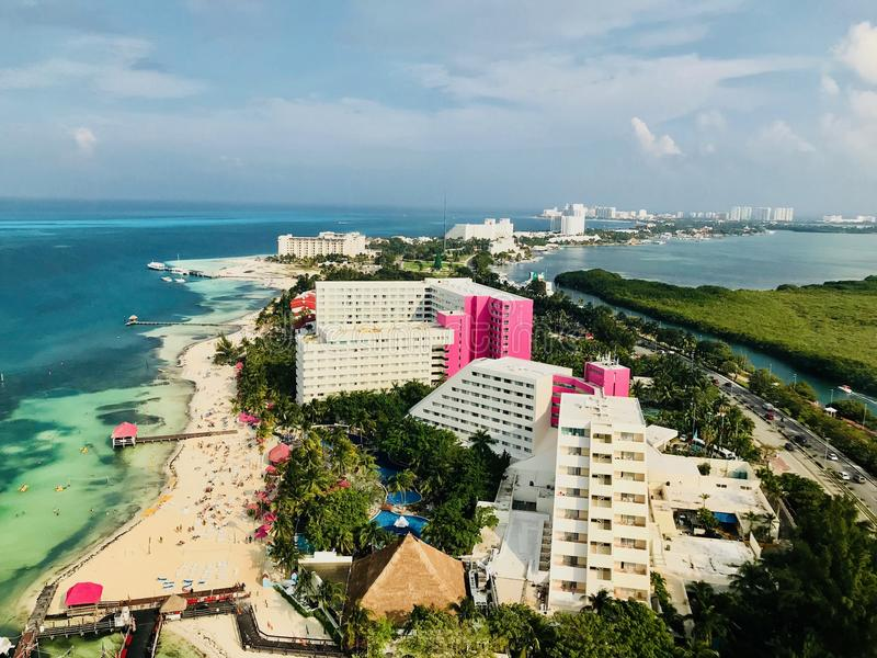 Cancun Quintana Roo Mexico landskap från det Xcaret tornet royaltyfri bild