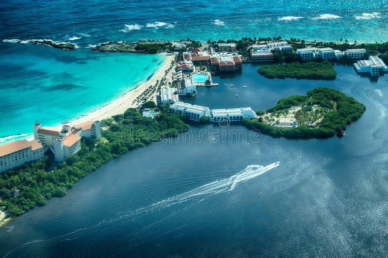 Cancun van de mening van het bird'soog (perspectief) royalty-vrije stock afbeelding