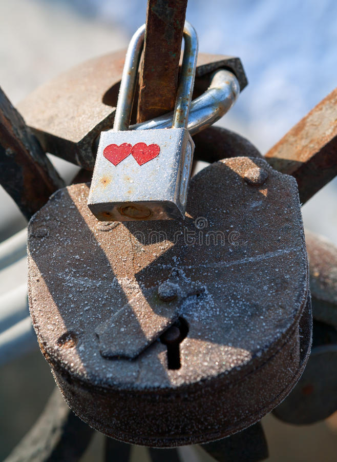 Candados del amor fotografía de archivo libre de regalías