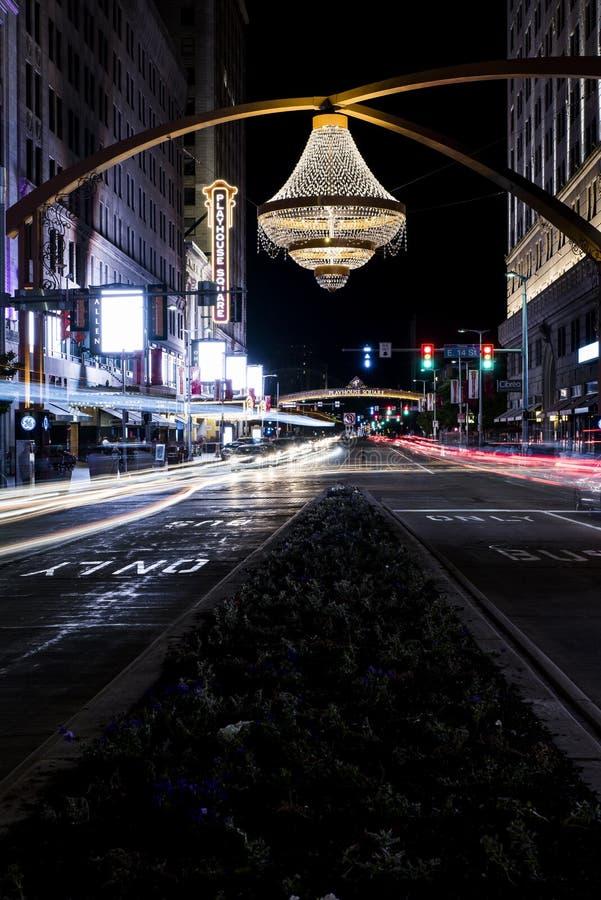 Candelabro - quadrado do teatro - Cleveland, Ohio fotos de stock royalty free