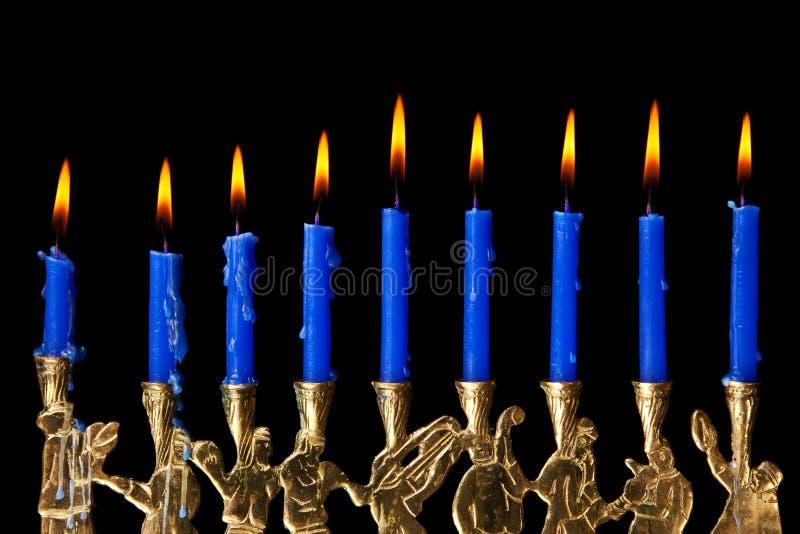 Candele di Hanukkah su priorità bassa nera fotografia stock libera da diritti