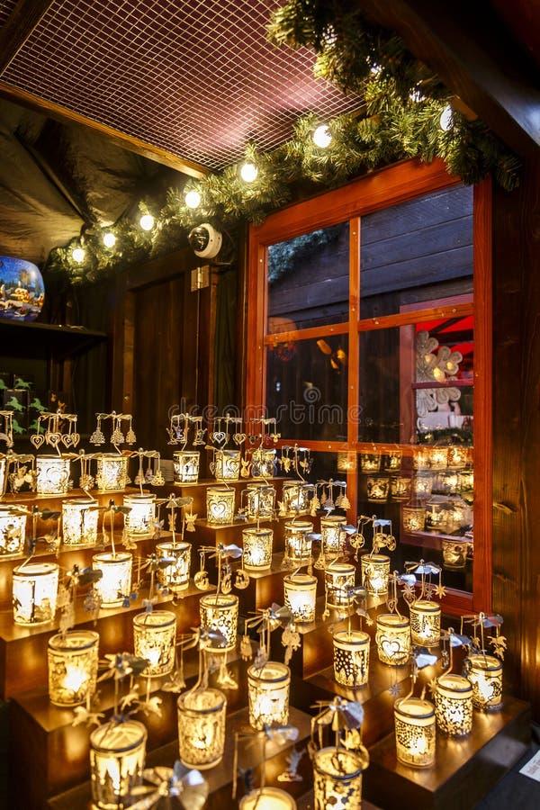 Candels bij Kerstmismarkt stock afbeelding