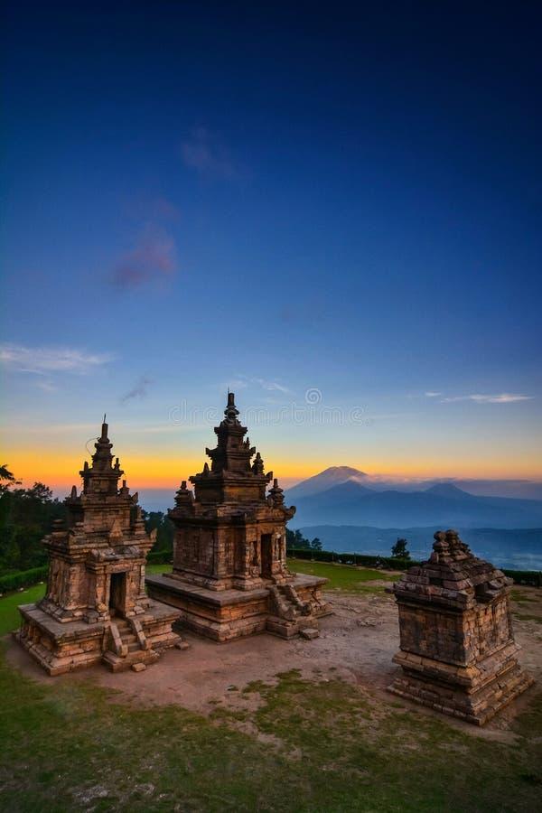Candi Gedongsongo один из индусского виска в Индонезии стоковые фотографии rf