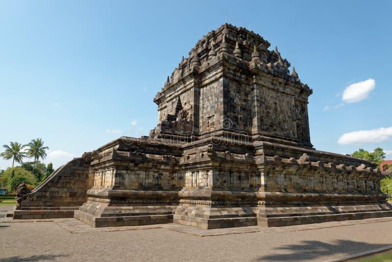 Candi Mendut Temple en Yogyakarta fotografía de archivo