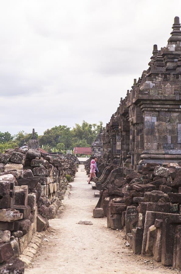 Candi Plaosan i Yogyakarta, Indonesien royaltyfri foto