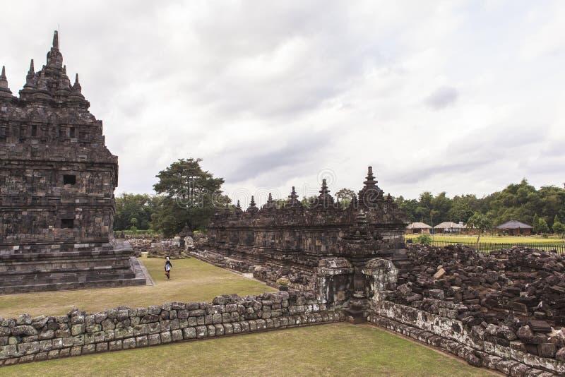 Candi Plaosan i Yogyakarta, Indonesien royaltyfri fotografi