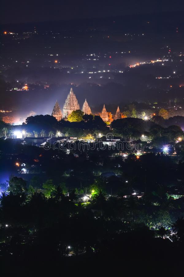 Candi Prambanan est le plus grand temple hindou en Indonésie photo stock