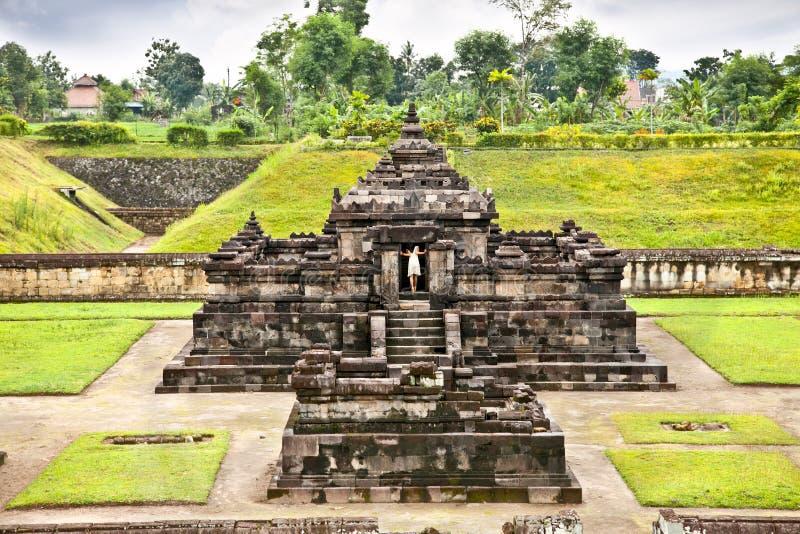 Candi Sambisari el templo hindú subterráneo, Java, Indonesia. foto de archivo
