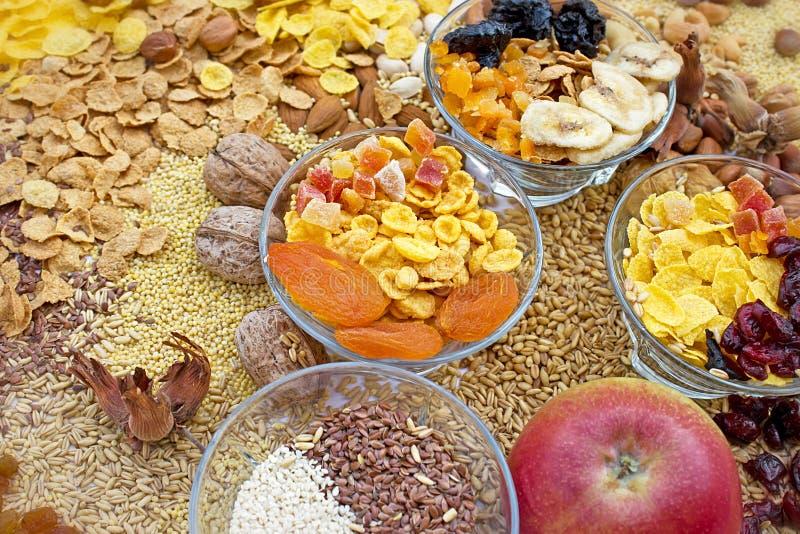 Download Candied, сухофрукт, зерно и хлопь Стоковое Изображение - изображение насчитывающей клюква, десерт: 41655397