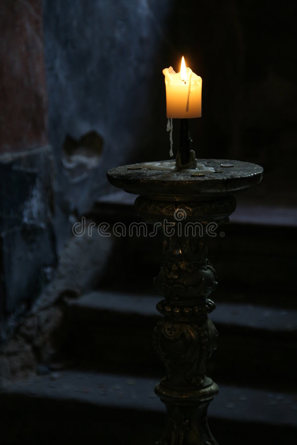 Free Candle In The Dark Royalty Free Stock Photography - 5554077