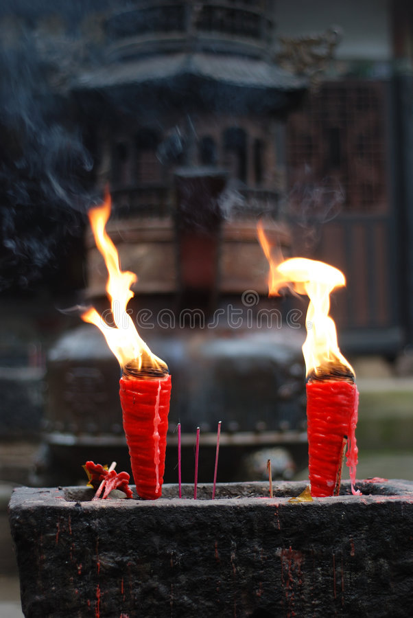 Free Candle S Flame Royalty Free Stock Photos - 6667598