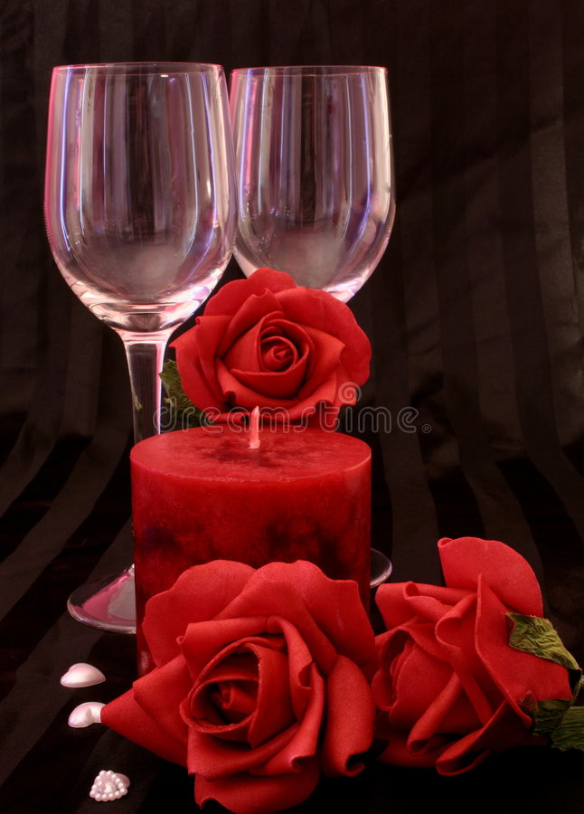 Free Candles And Roses Royalty Free Stock Photo - 431735