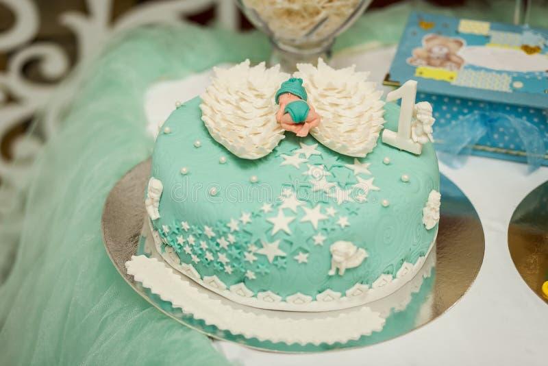 Candy Antivari Buffet dolce delizioso con i bigné Festa dolce b fotografia stock libera da diritti