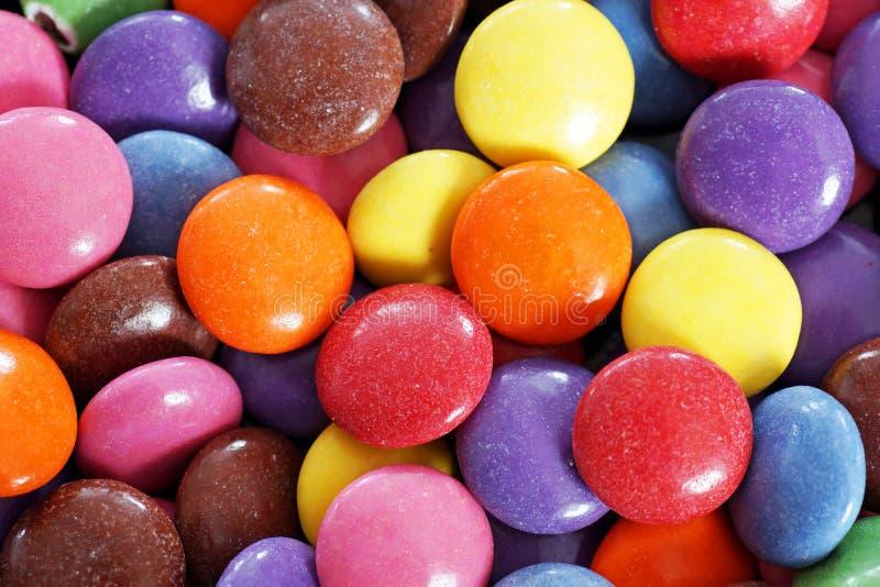 Candy ha ricoperto il cioccolato immagine stock libera da diritti