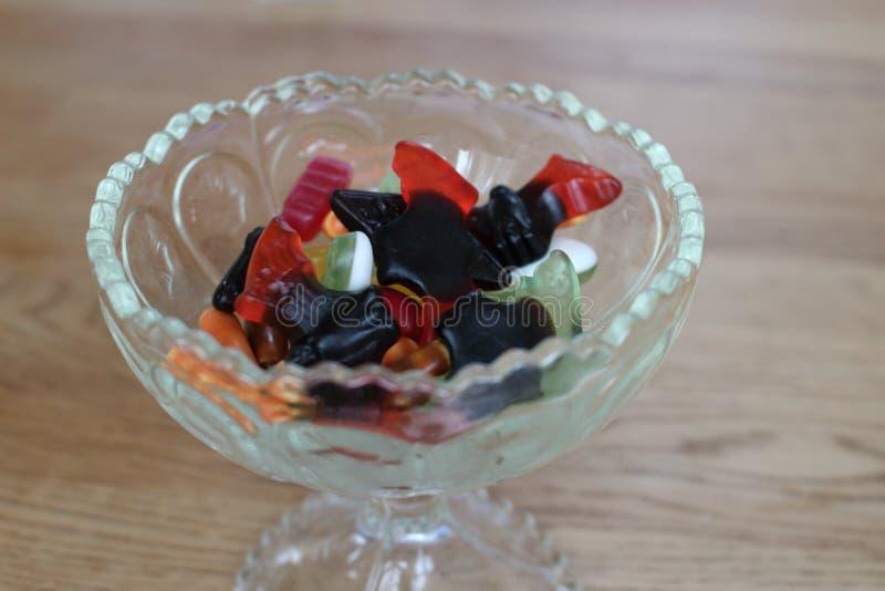 Candy in una tazza fotografia stock