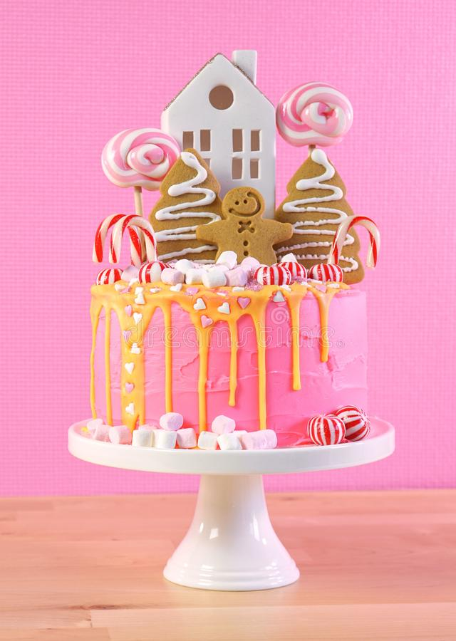 Free Candyland Children`s Party Christmas Cake In Pink And Gold Table Setting. Stock Images - 163006764