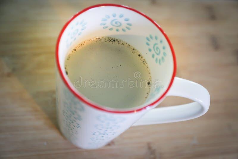 Caneca de café alta vista para baixo da caneca de café foto de stock