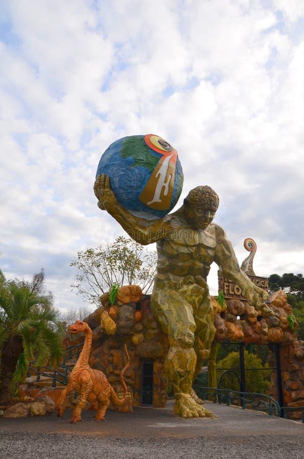 Canela, Gramado, Rio Grande do Sul, Brasile - magia di Florybal del parco della terra fotografia stock libera da diritti