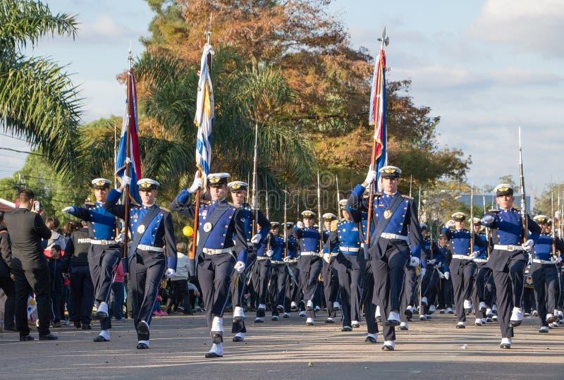 """CANELONES, †de URUGUAI """"18 de maio de 2018: Parada do batalhão da força aérea de Uruguai, aniversário 207 de Batalla de las Pie imagens de stock royalty free"""