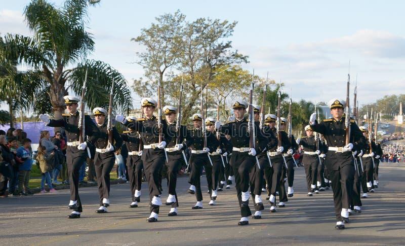 CANELONES, URUGWAJ †'MAJ 18, 2018: Morski batalion Urugwaj, 207 Batalla De Las Piedras rocznica obraz royalty free