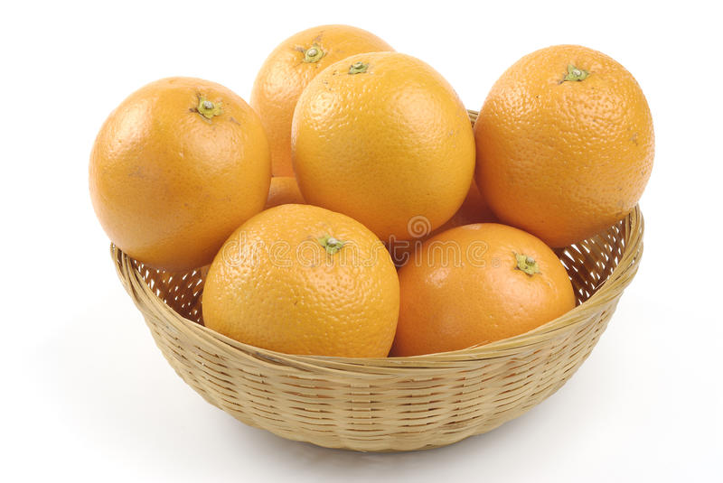 Canestro delle arance fotografie stock