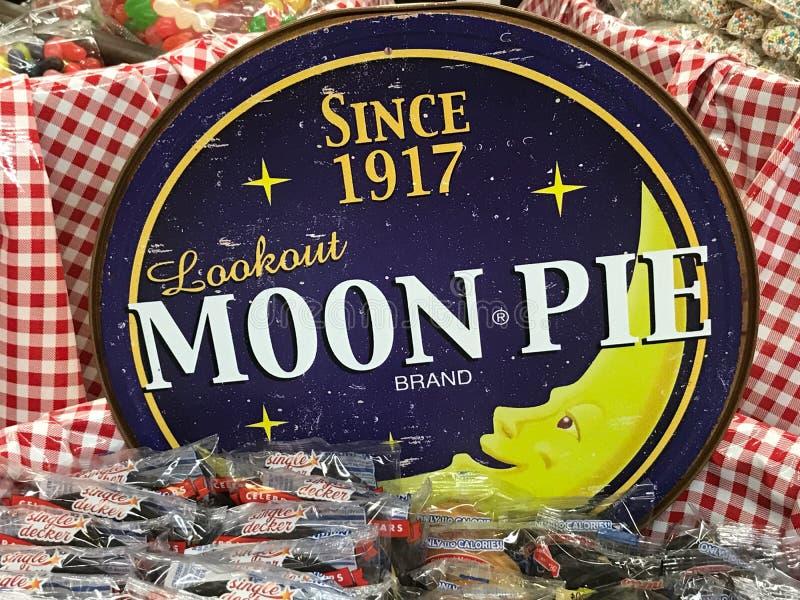 Canestro delle torte della luna da vendere ad un grande magazzino fotografia stock libera da diritti