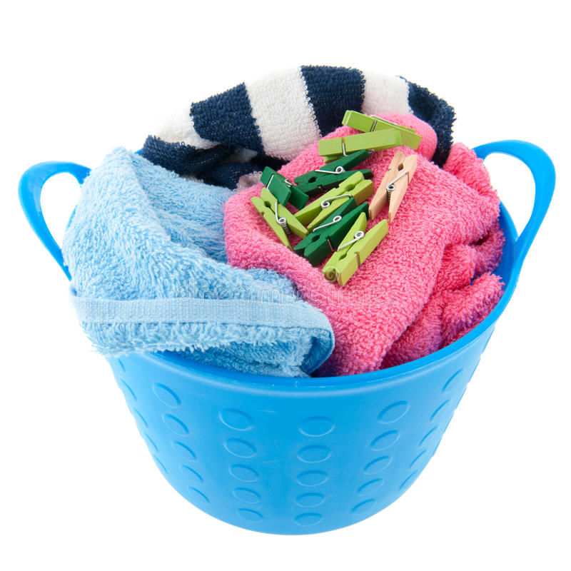 Canestro di lavanderia immagine stock libera da diritti