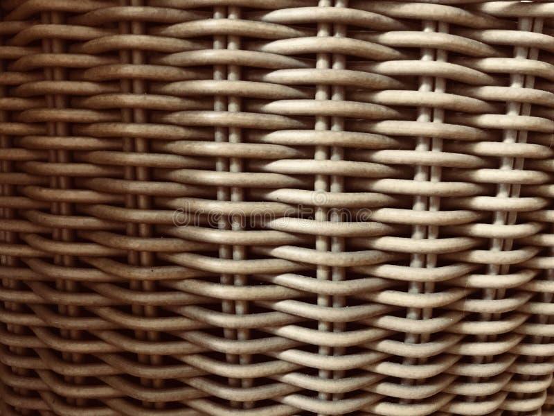Canestro di legno di Weaven immagine stock