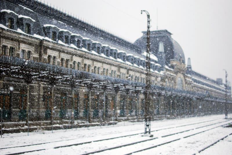 In Canfranc Huesca schneien, Spanien lizenzfreie stockfotografie