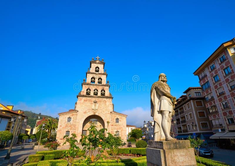 Cangas de Onis教会在阿斯图里亚斯西班牙 库存照片