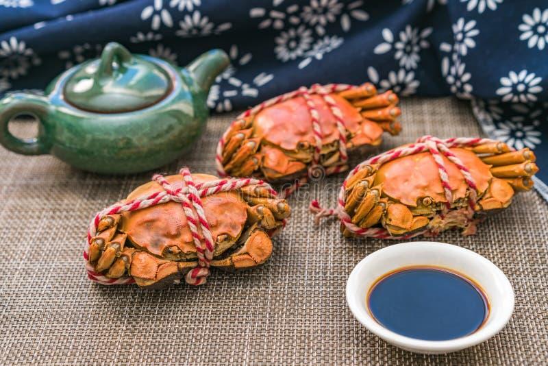 Cangrejo cocido al vapor, una delicadeza del festival de Chongyang en China imagenes de archivo