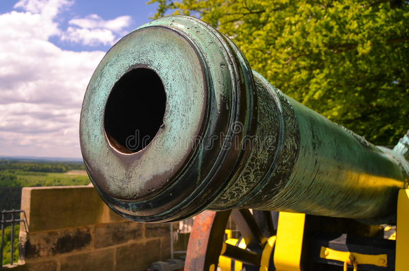 Canhão bonito velho na fortaleza Koenigstein, Saxony Alemanha imagem de stock