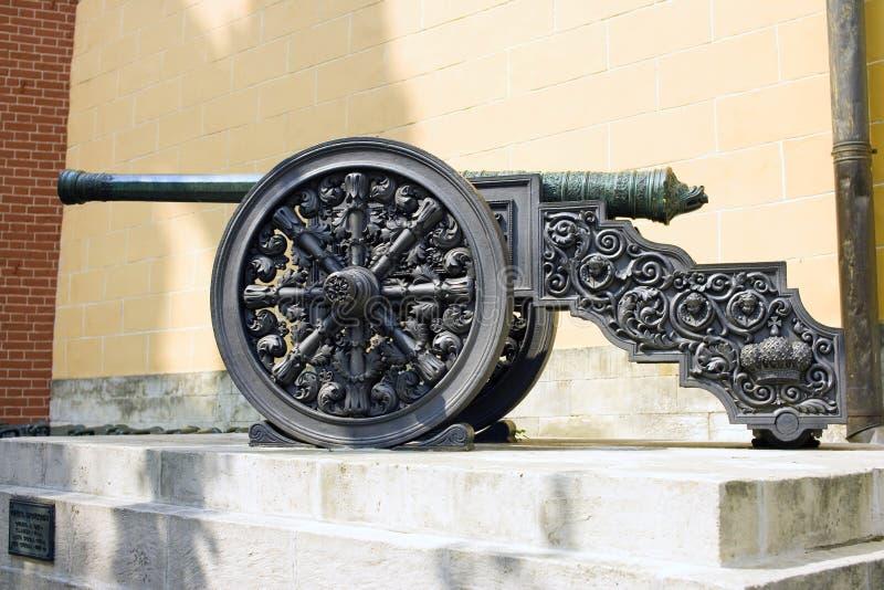 Canhão do bronze do Kremlin de Moscou imagens de stock royalty free