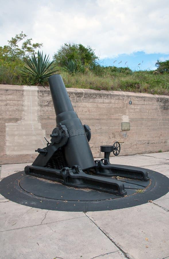 Canhão do vintage no forte Desoto