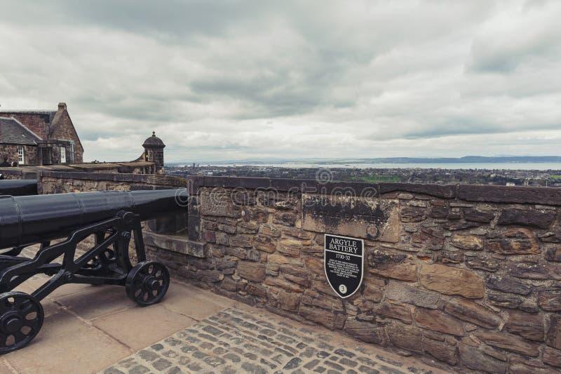 Canhão em Argyle Battery dentro do castelo de Edimburgo, da atração turística popular e do marco de Edimburgo, Escócia, Reino Uni fotografia de stock royalty free
