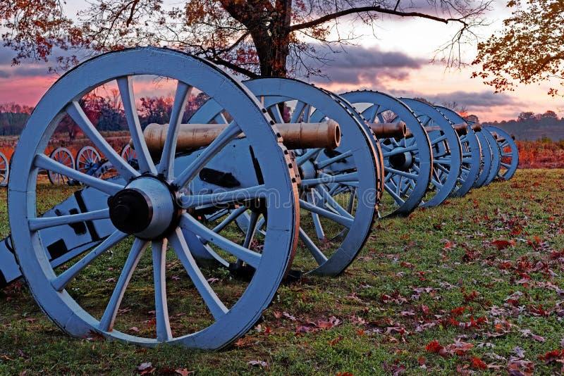 Canhões da forja do vale no nascer do sol imagens de stock royalty free
