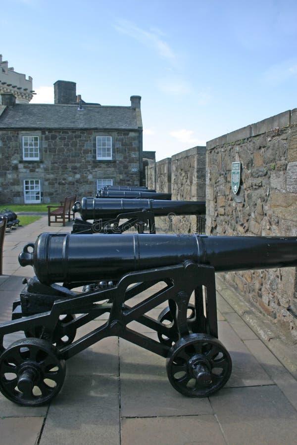 Canhões no castelo de Stirling em Scotland foto de stock royalty free